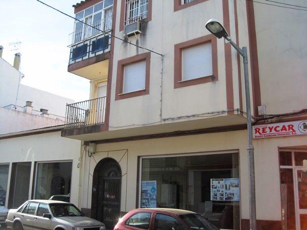 Piso en venta en Fuente Palmera, Córdoba, Calle la Fuente, 46.750 €, 3 habitaciones, 1 baño, 90,3 m2