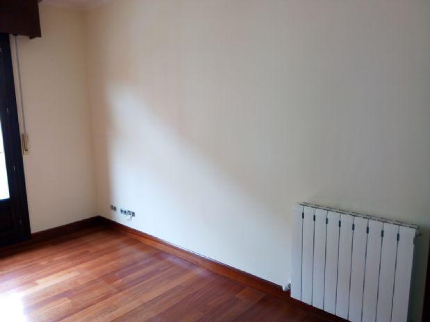 Piso en venta en Leioa, Vizcaya, Avenida Sabino Arana, 206.000 €, 1 habitación, 74,67 m2