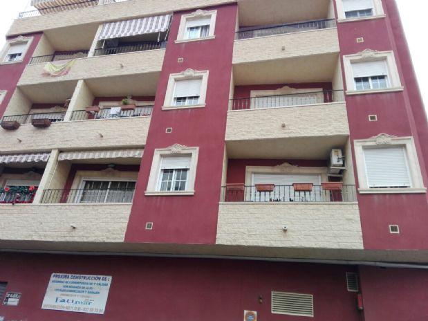 Piso en venta en Torrevieja, Alicante, Calle Bazan, 104.000 €, 3 habitaciones, 2 baños, 106,75 m2