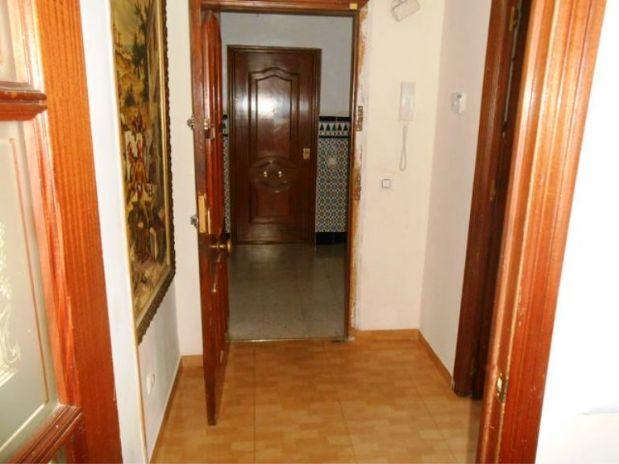 Piso en venta en Córdoba, Córdoba, Calle Jimenez Amigo, 62.000 €, 3 habitaciones, 1 baño, 87,42 m2