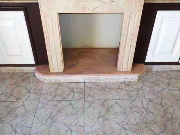 Piso en venta en Córdoba, Córdoba, Plaza Nuestra Señora del Santuario de la Fuensanta, 106.000 €, 3 habitaciones, 1 baño, 84,26 m2