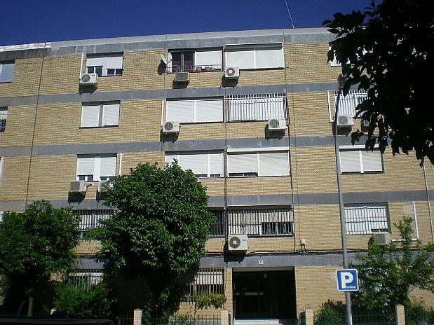 Piso en venta en Sevilla, Sevilla, Calle Puerto de Alazores, 73.000 €, 3 habitaciones, 1 baño, 76,67 m2
