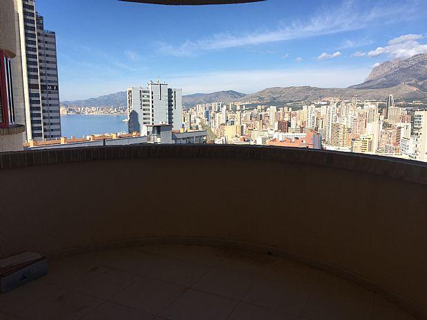 Piso en venta en Benidorm, Alicante, Calle Viena, 69.000 €, 2 habitaciones, 1 baño, 85,64 m2