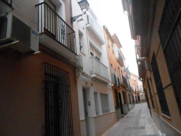 Piso en venta en Lucena, Córdoba, Calle Gonzalo Baena, 70.000 €, 4 habitaciones, 1 baño, 79,44 m2