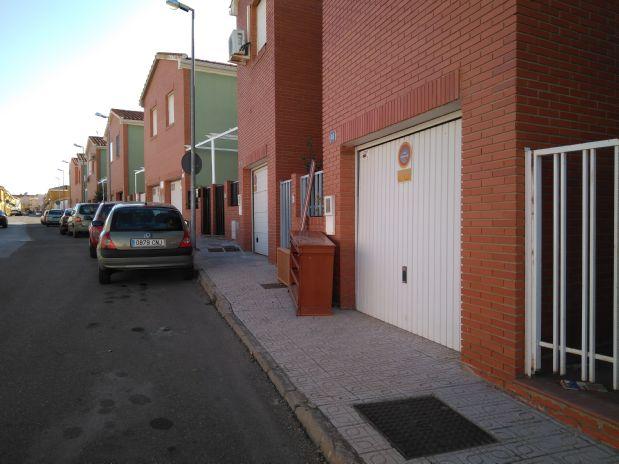 Casa en venta en Almendralejo, Badajoz, Calle Republica Dominicana, 99.000 €, 3 habitaciones, 3 baños, 193 m2
