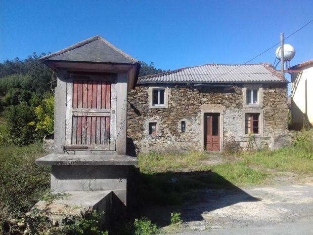 Casa en venta en Cerdido, A Coruña, Calle Lg Abruñeiros, 36.000 €, 1 habitación, 2 baños, 184 m2
