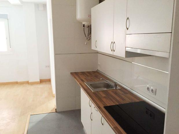 Piso en alquiler en Málaga, Málaga, Calle Altozano, 475 €, 1 habitación, 1 baño, 42 m2
