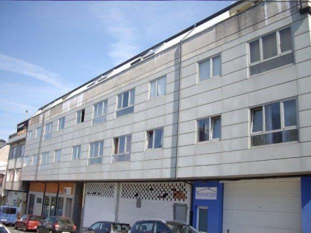 Piso en venta en A Laracha, A Coruña, Avenida de Caion, 135.000 €, 3 habitaciones, 2 baños, 139 m2