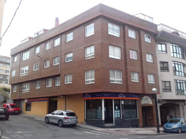 Piso en venta en Arteixo, A Coruña, Avenida Pastoriza, 105.000 €, 3 habitaciones, 2 baños, 119,9 m2