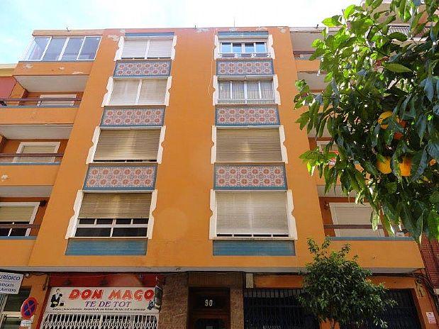 Piso en venta en Dénia, Alicante, Calle Patricio Ferrandiz, 116.100 €, 3 habitaciones, 2 baños, 159,67 m2