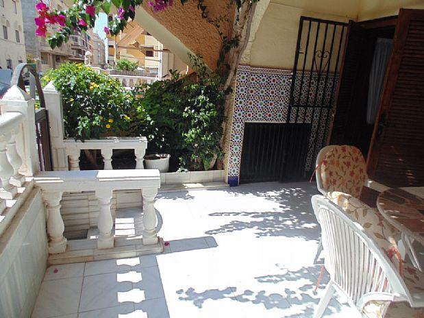Piso en venta en Torrevieja, Alicante, Calle Nuestra Señora del Rosario, 83.000 €, 2 habitaciones, 60 m2