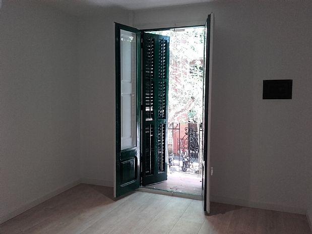 Piso en alquiler en Eixample, Barcelona, Barcelona, Calle Entença, 1.090 €, 3 habitaciones, 1 baño, 60 m2