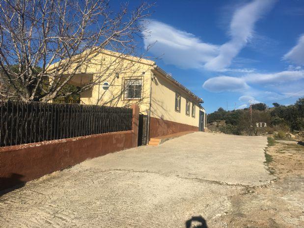 Casa en venta en Burgohondo, Ávila, Calle Extremadura, 95.000 €, 3 habitaciones, 1 baño, 96 m2