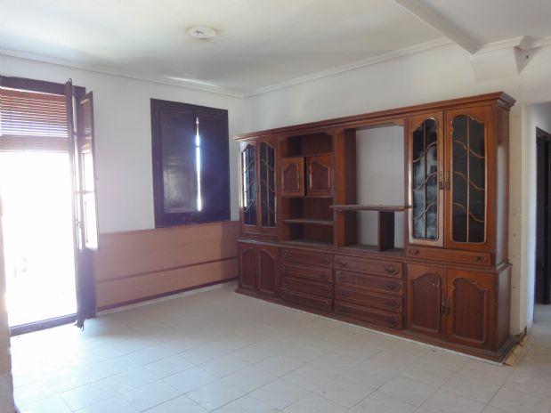Piso en venta en Barbastro, Huesca, Avenida Navarra (de), 20.755 €, 3 habitaciones, 1 baño, 59 m2