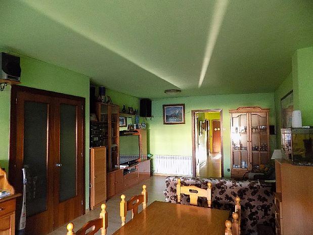 Piso en venta en Cal Rota, Berga, Barcelona, Calle Comte Oliva, 109.900 €, 4 habitaciones, 1 baño, 108 m2
