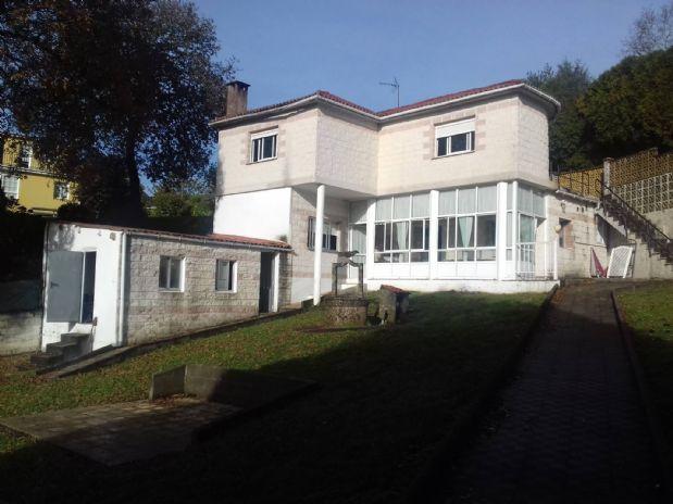 Casa en venta en Abegondo, A Coruña, Carretera Limiñón, 188.000 €, 4 habitaciones, 2 baños, 230 m2