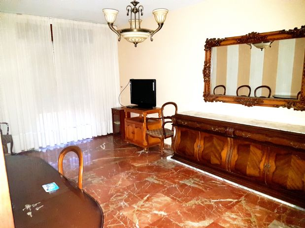 Piso en venta en Córdoba, Córdoba, Calle Heredia, 225.000 €, 3 habitaciones, 1 baño, 88 m2