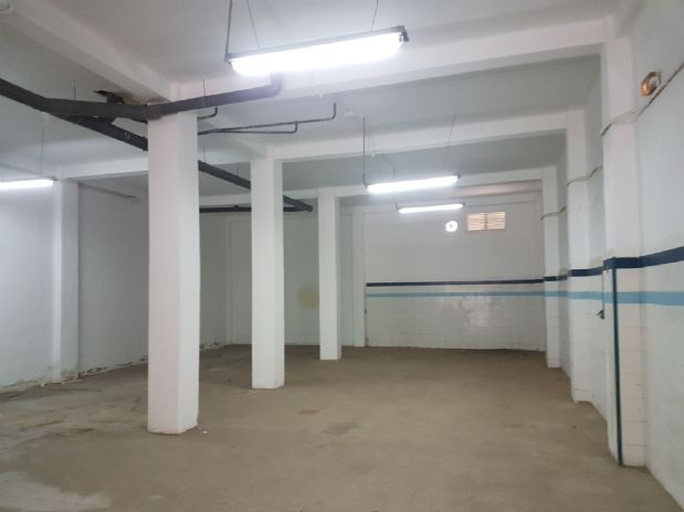 Local en alquiler en Quatre Carreres, Valencia, Valencia, Carretera Malilla, 1.100 €, 240 m2