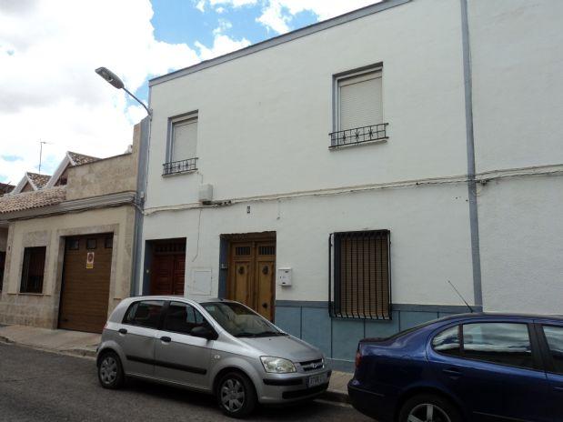 Casa en venta en Tomelloso, Ciudad Real, Calle Rosal, 165.000 €, 7 habitaciones, 2 baños, 501 m2