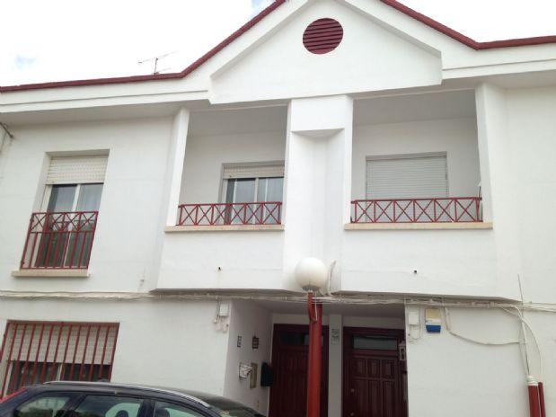 Casa en venta en Tomelloso, Ciudad Real, Urbanización la Bodega, 120.000 €, 4 habitaciones, 2 baños, 180 m2
