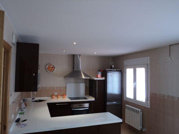 Casa en venta en Tomelloso, Ciudad Real, Calle Amparo, 120.000 €, 3 habitaciones, 2 baños, 170 m2