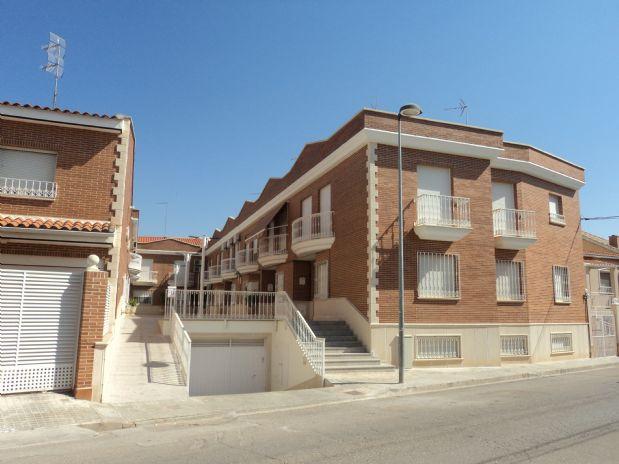 Casa en venta en Tomelloso, Ciudad Real, Calle Asturias, 98.000 €, 3 habitaciones, 2 baños, 193 m2