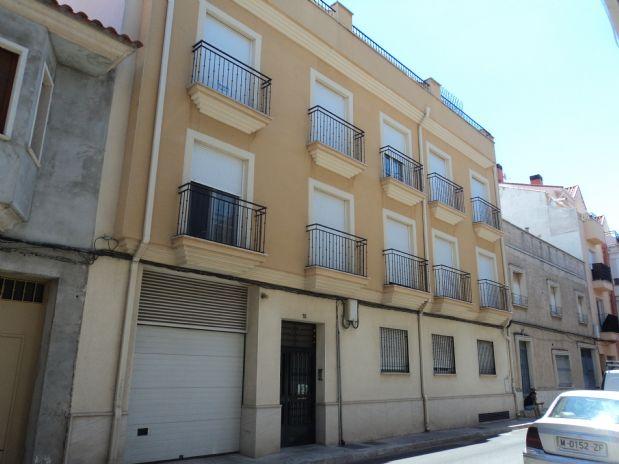 Piso en venta en Tomelloso, Ciudad Real, Calle Alcazar, 110.000 €, 3 habitaciones, 2 baños, 121 m2