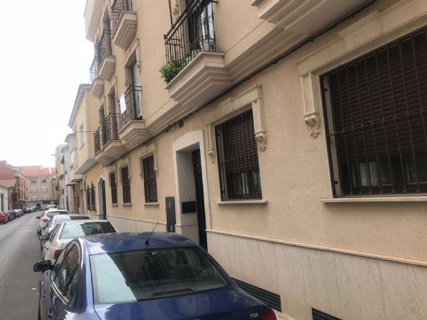 Piso en venta en Tomelloso, Ciudad Real, Avenida Amalia Cepeda, 70.000 €, 2 habitaciones, 2 baños, 83 m2