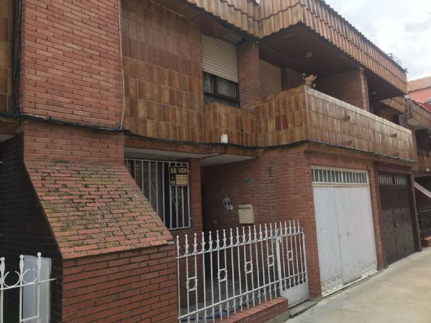 Casa en venta en Tomelloso, Ciudad Real, Calle Estación, 65.000 €, 5 habitaciones, 2 baños, 156 m2