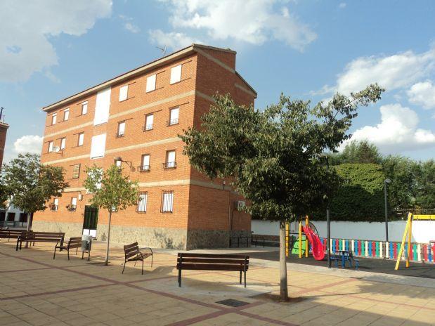 Piso en venta en Tomelloso, Ciudad Real, Calle Jose María Torres, 30.000 €, 3 habitaciones, 1 baño, 95 m2