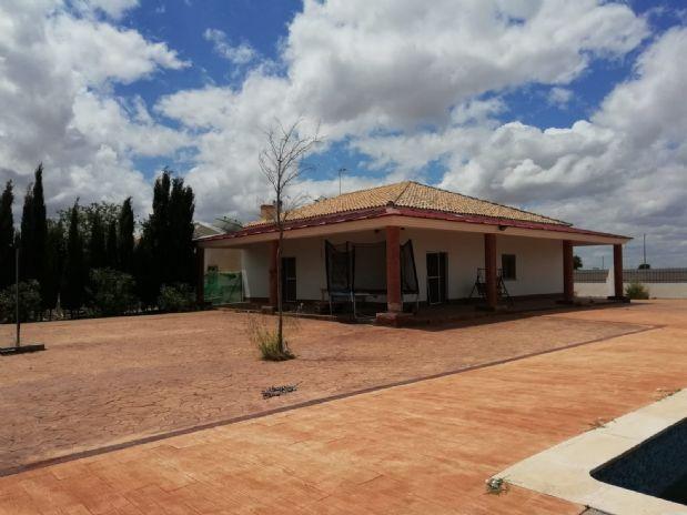 Suelo en venta en Tomelloso, Ciudad Real, Carretera Alavesa, 180.000 €, 3700 m2
