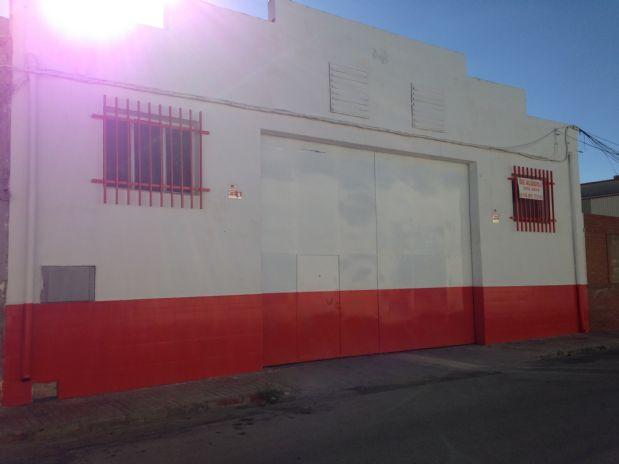 Industrial en venta en Tomelloso, Ciudad Real, Calle Aparicio Quiralte, 210.000 €, 700 m2