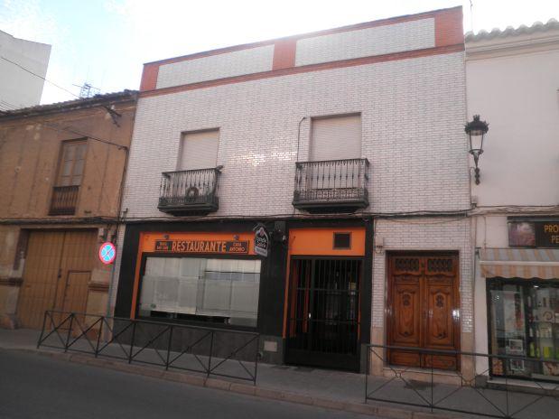 Piso en alquiler en Tomelloso, Ciudad Real, Calle Socuellamos, 800 €, 4 habitaciones, 2 baños, 115 m2