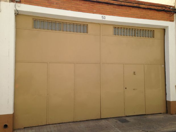 Industrial en venta en Tomelloso, Ciudad Real, Calle Carlos Morales, 142.140 €, 340 m2