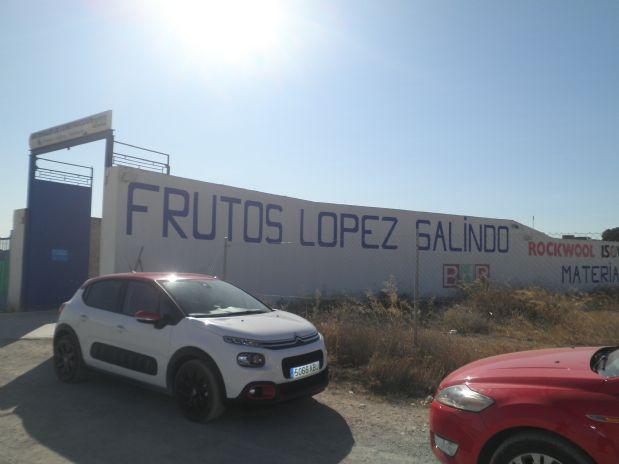 Industrial en venta en Tomelloso, Ciudad Real, Avenida Juan Carlos I, 125.000 €, 1120 m2