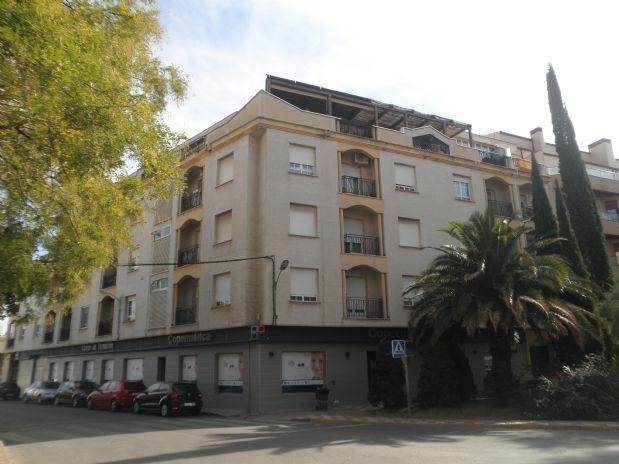 Piso en venta en Tomelloso, Ciudad Real, Paseo San Isidro, 65.000 €, 2 habitaciones, 1 baño, 75 m2