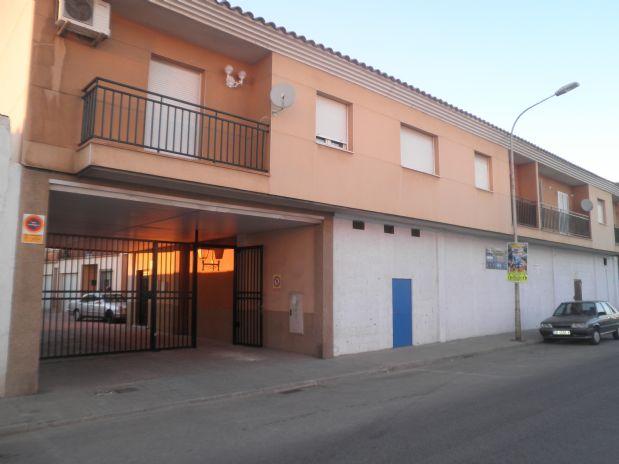 Piso en venta en Tomelloso, Ciudad Real, Avenida Virgen de la Viñas, 60.000 €, 2 habitaciones, 1 baño, 75 m2