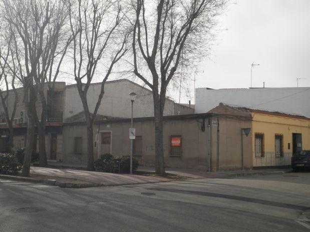 Casa en venta en Tomelloso, Ciudad Real, Calle Doña Crisanta, 99.000 €, 169 m2