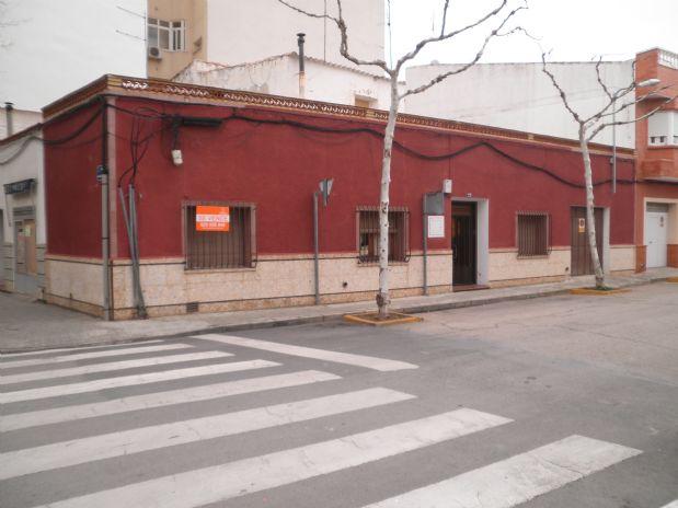 Casa en venta en Tomelloso, Ciudad Real, Calle Asunción Cepeda, 100.000 €, 4 habitaciones, 1 baño, 150 m2