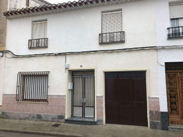 Casa en venta en Tomelloso, Ciudad Real, Calle Santa Rosa, 90.000 €, 7 habitaciones, 2 baños, 190 m2