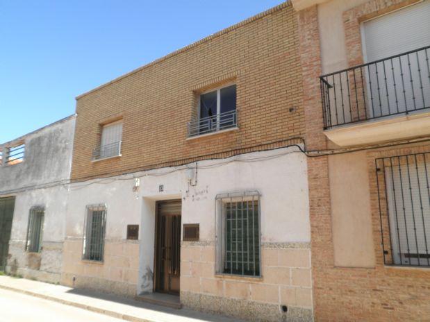 Casa en venta en Tomelloso, Ciudad Real, Calle Tetuan, 72.000 €, 10 habitaciones, 2 baños, 337 m2