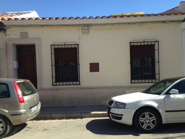Casa en venta en Tomelloso, Ciudad Real, Calle Zurbaran, 160.000 €, 4 habitaciones, 1 baño, 300 m2