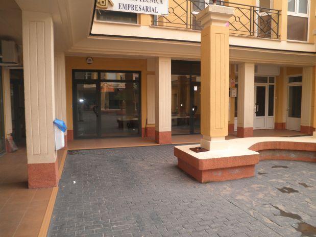 Local en alquiler en Tomelloso, Ciudad Real, Calle Don Victor Peñasco, 300 €, 50 m2