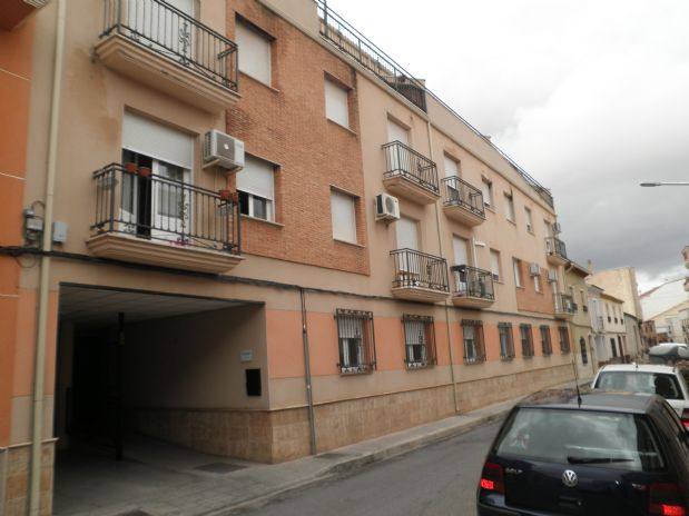 Piso en venta en Tomelloso, Ciudad Real, Calle Carlos Morales, 78.000 €, 3 habitaciones, 2 baños, 100 m2