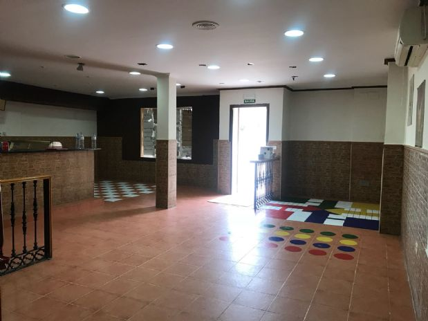 Local en venta en Tomelloso, Ciudad Real, Paseo Ramón Ugena, 90.000 €, 125 m2