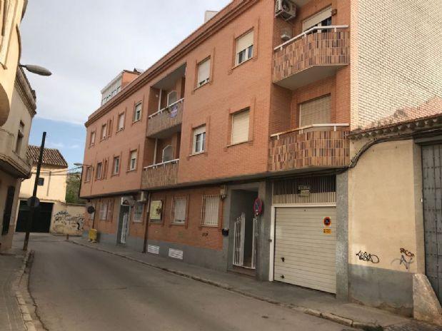 Piso en venta en Tomelloso, Ciudad Real, Calle Reverendo Padre Pedro, 65.000 €, 2 habitaciones, 1 baño, 65 m2