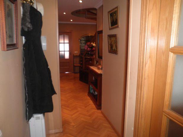 Piso en venta en Tomelloso, Ciudad Real, Calle Don Victor Peñasco, 180.000 €, 4 habitaciones, 3 baños, 170 m2