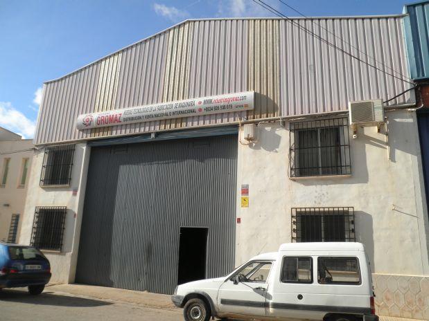 Industrial en venta en Tomelloso, Ciudad Real, Calle Peñarroya, 150.000 €, 600 m2