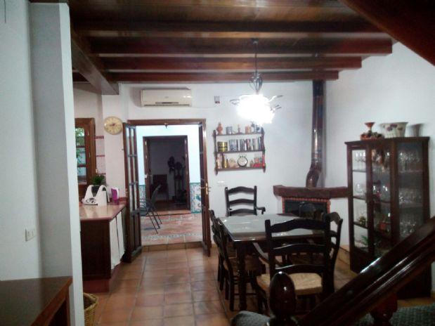 Casa en venta en Utrera, Sevilla, Calle Constelación Perseo, 269.500 €, 4 habitaciones, 2 baños, 411 m2