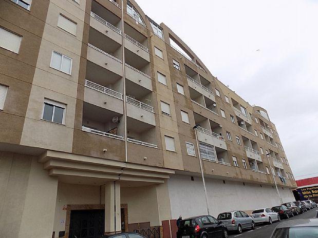 Piso en venta en Torrevieja, Alicante, Calle Casas de Caritas, 72.000 €, 2 habitaciones, 1 baño, 67 m2